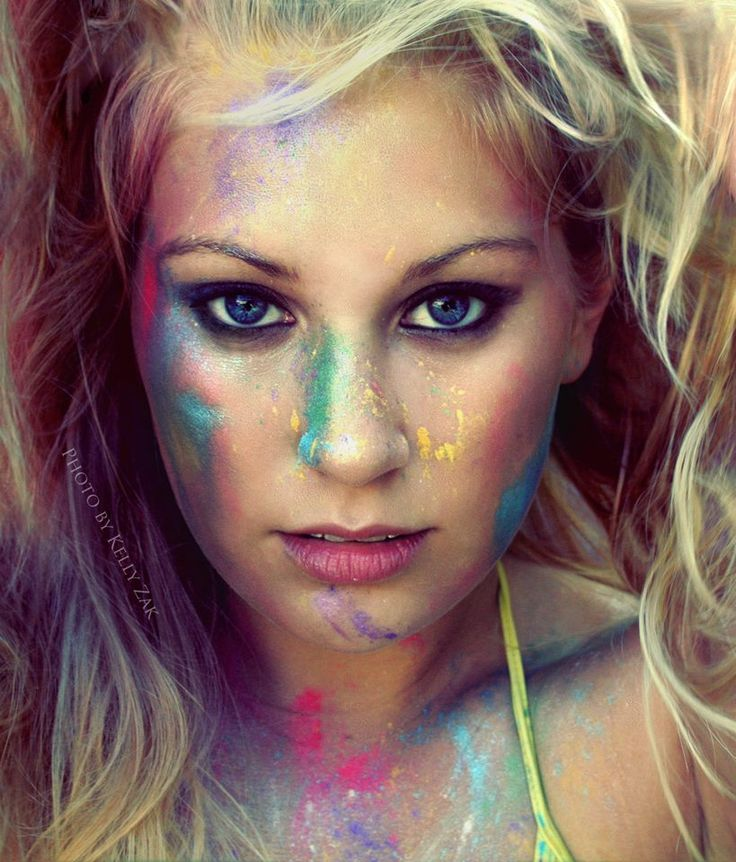 Ke$ha inspired shoot, colorful pigment based makeup