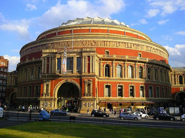 Albert Hall #London. Our tips for things to do in London: http://www.europealacarte.co.uk/blog/tag/what-to-do-london/