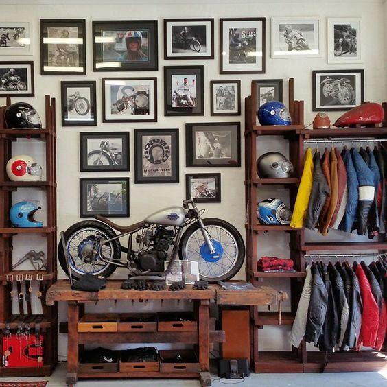 Good life good taste motard shop motos bikes for Garajes de ensueno