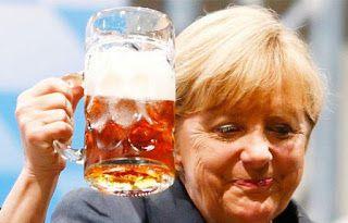 Filosofie şi literatură: Cine se ascunde sub fusta  lui frau  Merkel?