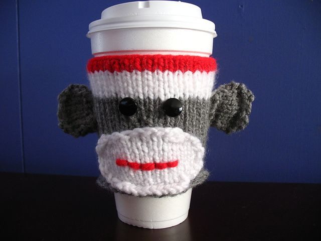 Free knitted cup cozy