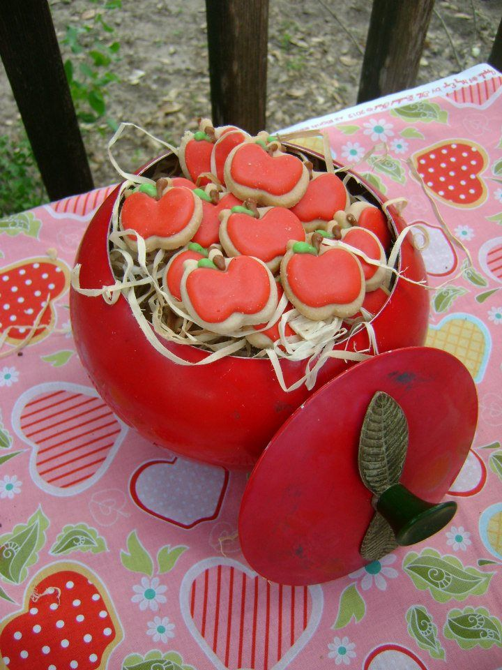 Red apple cookies for an apple of my eye 1st birthday party for a sweet little girl <3