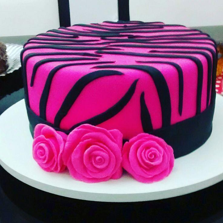Bolo tigrado rosa e preto #pinkandblackcake #femalecake #cakebyRitaFreitas #cakedesigner