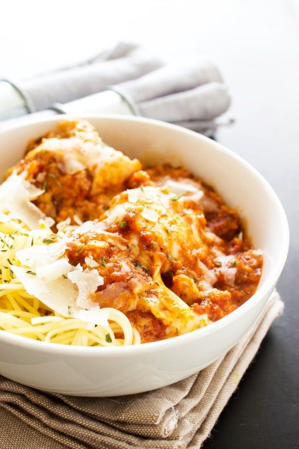 SLOW COOKER CHICKEN PARMESAN – A FAVORITE ITALIAN CLASSIC MADE EASY, WHILE TASTING JUST AS DELICIOUS. I love Chicken Parmesan. Especially at our family's favorite to-go-to place – Carrabba's. They have a dish where it's crusted Parmesan chicken with arugula and it is my absolute favorite and it comes with so much food that I …
