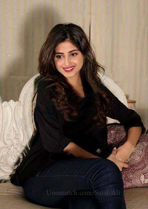 Sajal Ali Pakistani Actress And Fashion Model ...