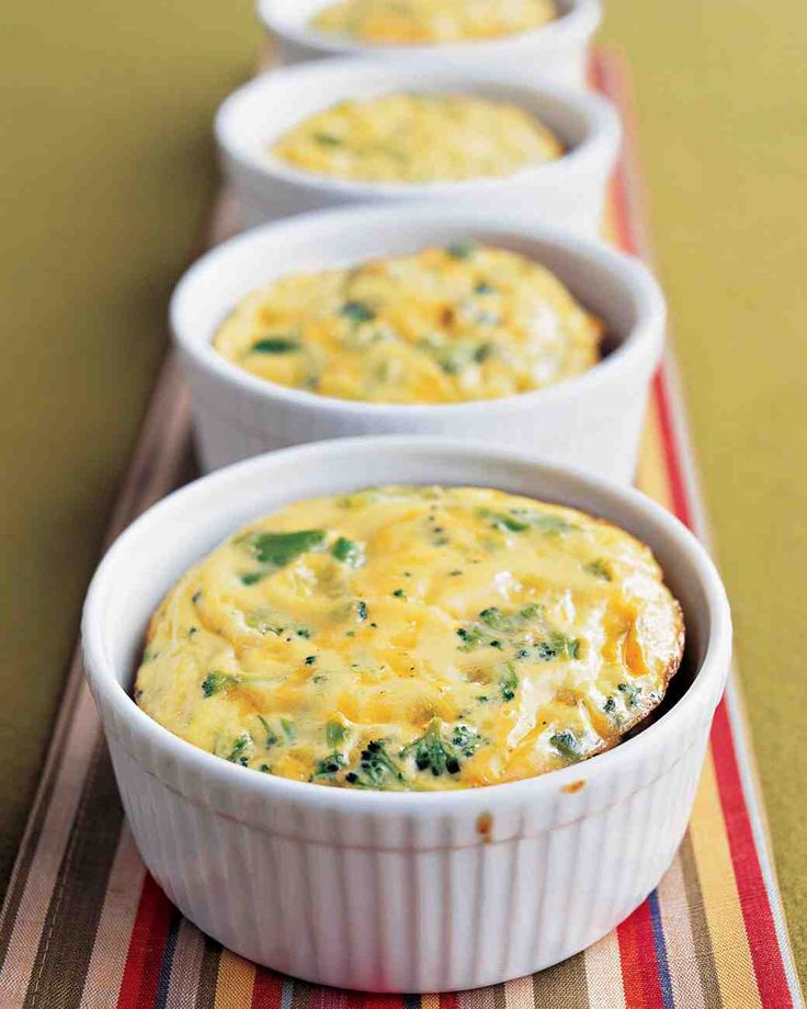 Crustless Broccoli-Cheddar Quiches for any meal from Martha Stewart