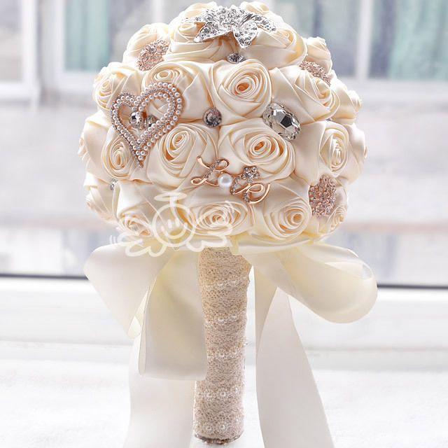 Aliexpress.com: Comprar 2016 en stock Impresionante Rosa artificial Ramo de La Boda de Dama de Honor Ramos de Novia flores de La Boda Blanca FW139 de bolsa de depósito fiable proveedores en Wedding Bouquet Store
