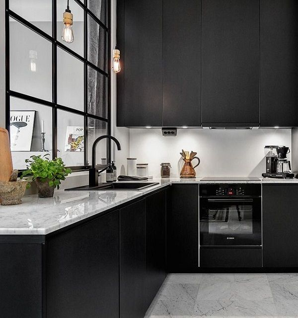 25 Inspiring Black Kitchens for Modern Home Design : Black And White Marble Kitchen Island With Big Windows Design