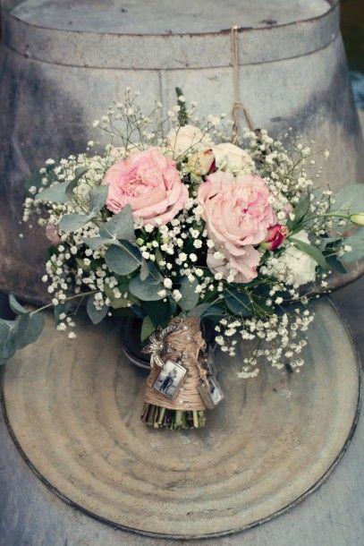 shabby vintage antique style rose bouquet