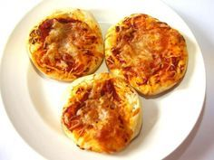 Mini Pizza ab 10 Monate (Quark, Mehl, Tomatenmark, Mozarella)