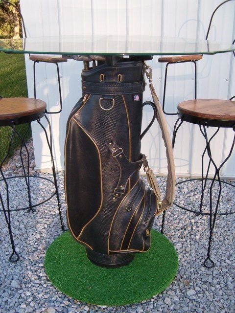 Golf High Top Table An Idea To Use Your Old Bag And Clubs In Outdoor Décor Club Ideas Pinterest Tables