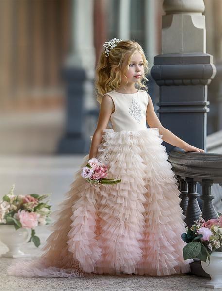 Unser neues Couture-Design … Alles, was wir sagen können, ist absolut atemberaubend! Wir schon …   – Pageant Stuff
