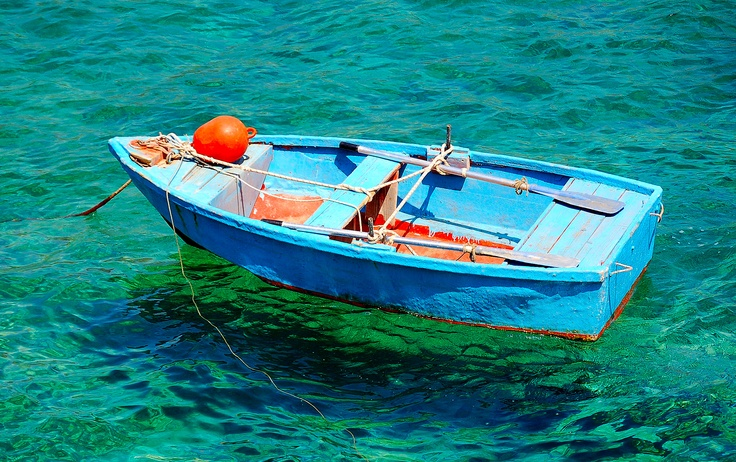fishing boat in Mani