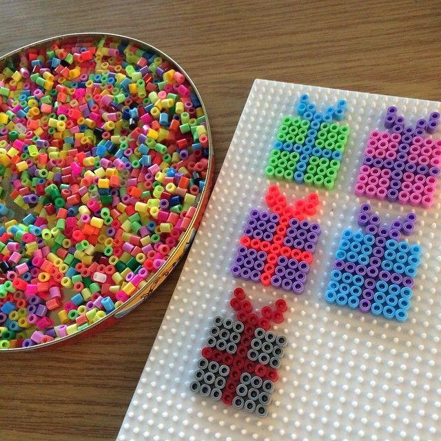Christmas present ornaments hama beads by simony43