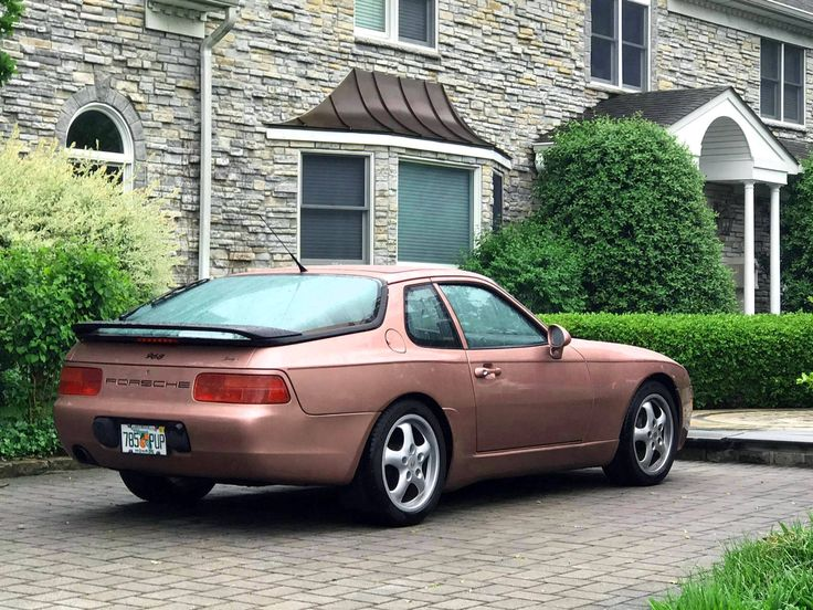 "Porsche 968 ""Cassis Red"""