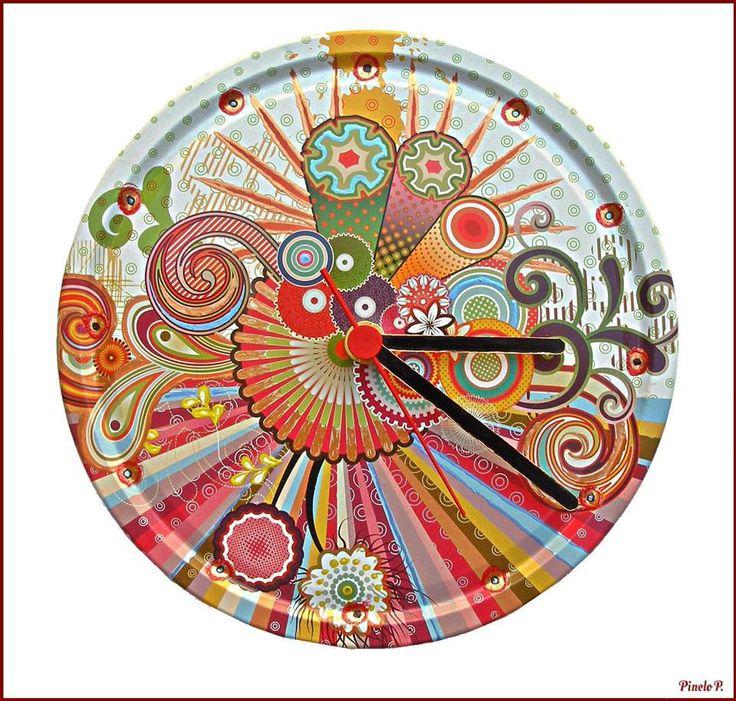 Colorfull clock from metallic cap! www.facebook.com/pinelokallitexnimata