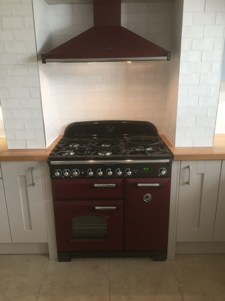 Love this, Cranberry Rangemaster dual fuel cooker with matching hood, Mereway 'Trend' kitchen, really high quality kitchens
