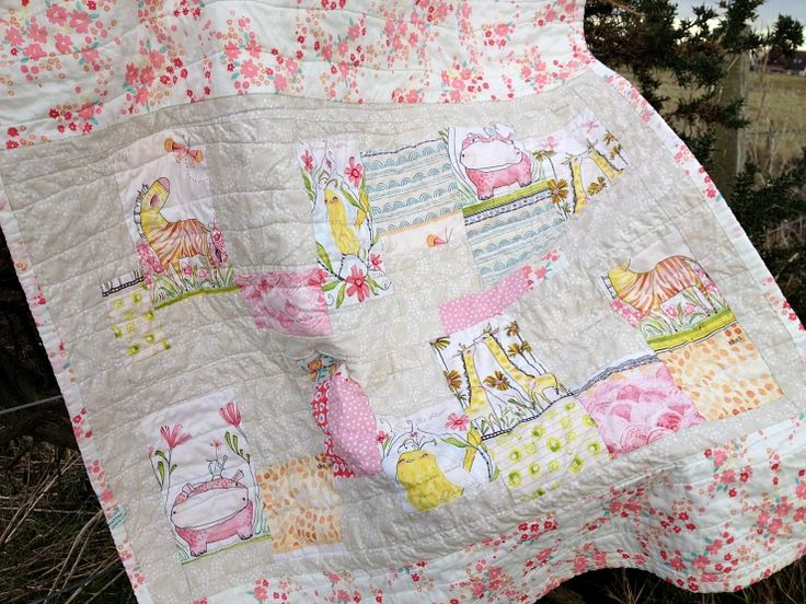 Improvised style quilt back featuring Mini Menagerie by Cori Dantini.  A quilt backed and bound in voile by Forest Poppy