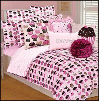 Cupcakes Comforter Set-fun Cupcakes theme bedroom decorating. Cupcake Bedroom Decor