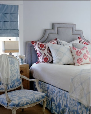 headboard: Guest Bedrooms, Beds Skirts, Mixed Patterns, Hello Gorgeous, Diy Headboards, Master Bedrooms, Upholstered Headboards, Homemade Headboards, Headboards Shape