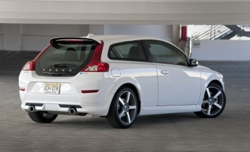2012 Volvo C30 T5 R-Design   My new car. I heart it.