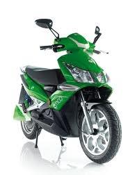 emco Novax. Een stoere elektrische scooters. Zeker niet voor watjes!