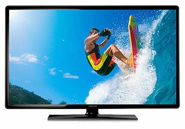 The Best 24-Inch and Smaller LCD and LED/LCD TVs: Best for Dorms: Samsung UN19F4000 19-inch LED/LCD TV