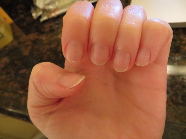 How to remove a shellac manicure at home in only 10 minutes! I love shellac but hate to pay for the removal...this is so easy!