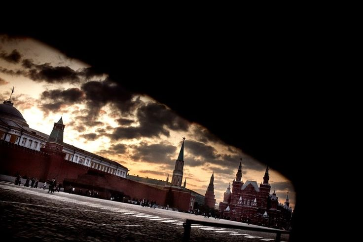 The Moscow Kremlin is the the world's largest medieval fortress