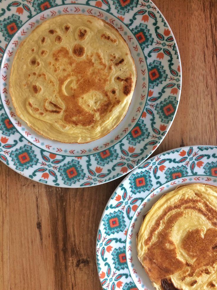 Pão de queijo de frigideira, uma receita saudável, fácil e deliciosa para o seu café da manhã.
