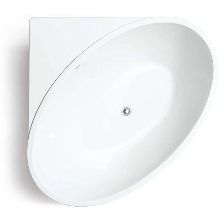 Ett lite mindre hörnbadkar, med integrerade fronter, som passar perfekt i det lilla badrummet. Hörnbadkaret erbjuder bra avställningsytor för tvål, schamp