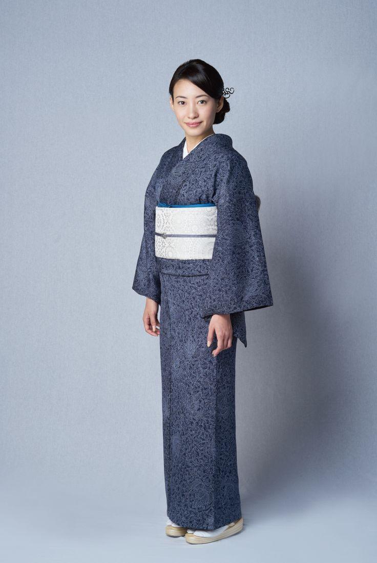 お洒落な普段着物、東京 六本木の帯,きものブランド awai|週末のお洒落着物/コーディネート | TOKYO KIMONO