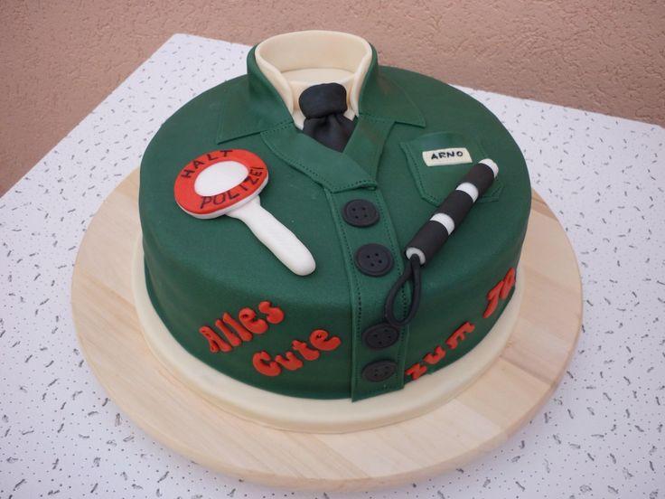 Für den Polizist zum 70. Geburtstag! Fondant Torte als Uniform ...