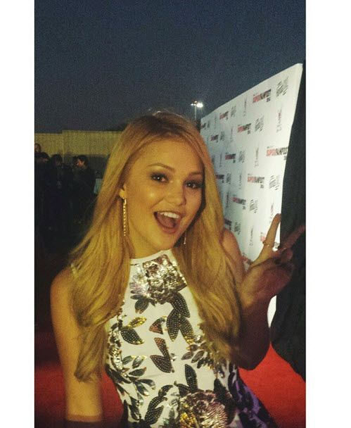 Photo: Olivia Holt Looks So Nice At The Vevo CERTIFIED SuperFanFest October 8, 2014