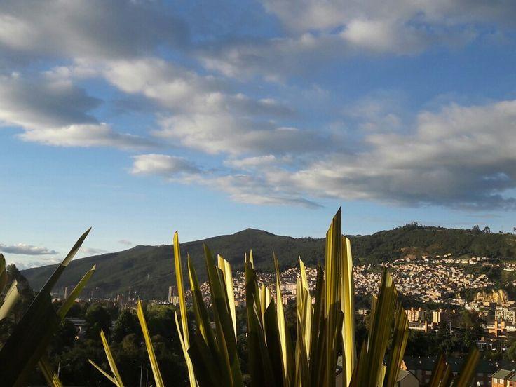 Atardecer Bogotano, montañas