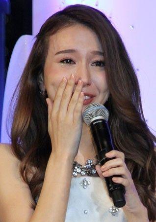 かわいい: Yahoo!ニュース(まんたんウェブ) - のどの不調にも関わらず「Let It Go~ありのままで~」のショートバージョンを歌い涙