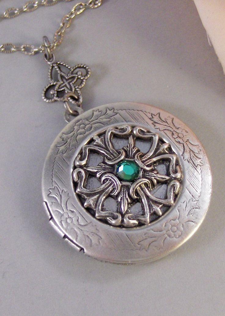 Irish Tailsman,Emerald, Antique Locket,Silver Locket,Heart,Celtic, Irish,Lucky, Shamrock,Love. Handmade jewelry by valleygirldesigns. $30.00, via Etsy.
