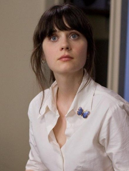 Zooey Deschanel's White blouse with butterfly pin from 500 Days of Summer.  Outfit Details: http://wwzdw.com/z/1684/ #WWZDW