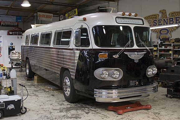 1961 Flxible Starliner - Jay Leno's Garage