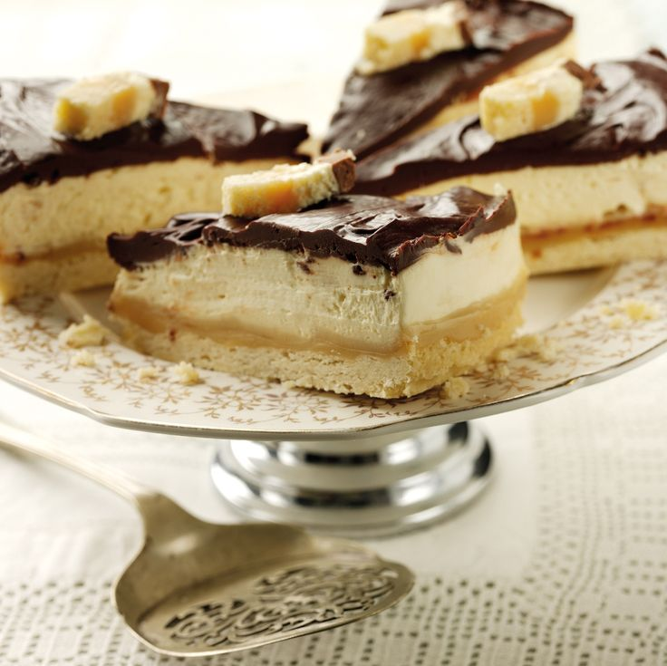 This delicious Millionaires Cheesecake Recipe featured in the 2012 edition of The Little Book of Treats as Helen from thecrazykitchen's favourite.
