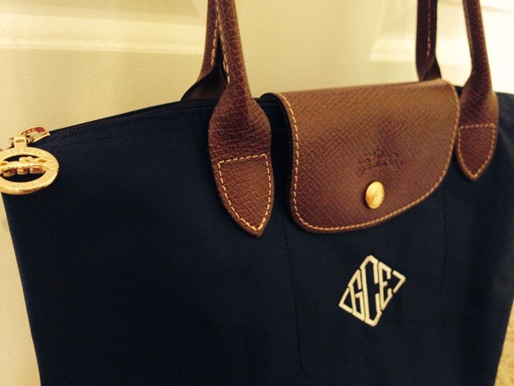 When I get my new longchamp, I want to monogram it just like this!