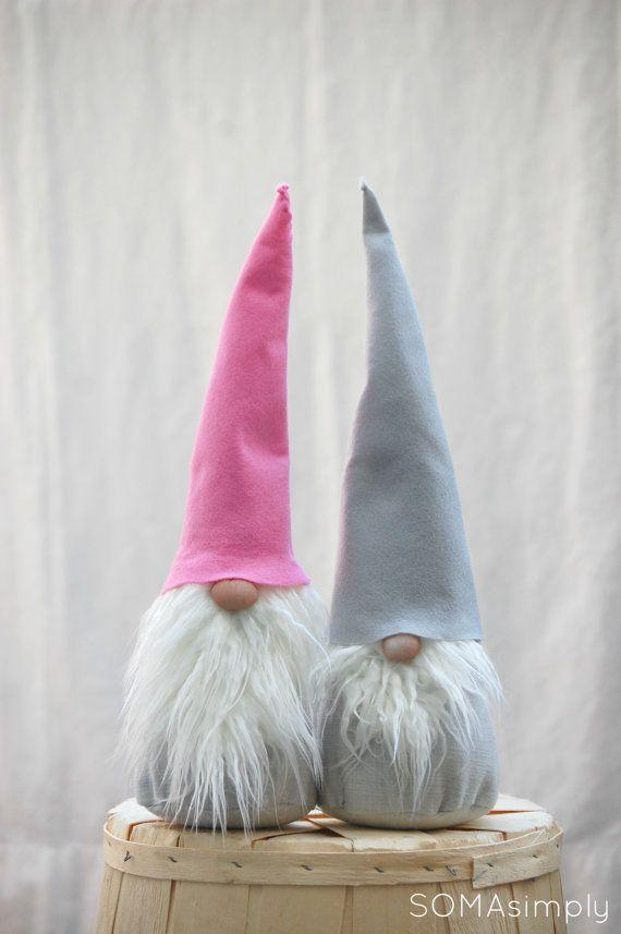 Grey and Pink GNOME tomten por SOMAsimply en Etsy