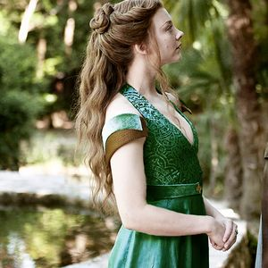 margaery tyrell costume - Google Search