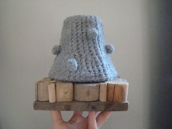 Ready for shipping. Wool crocheted lampshade old frame by JJePa