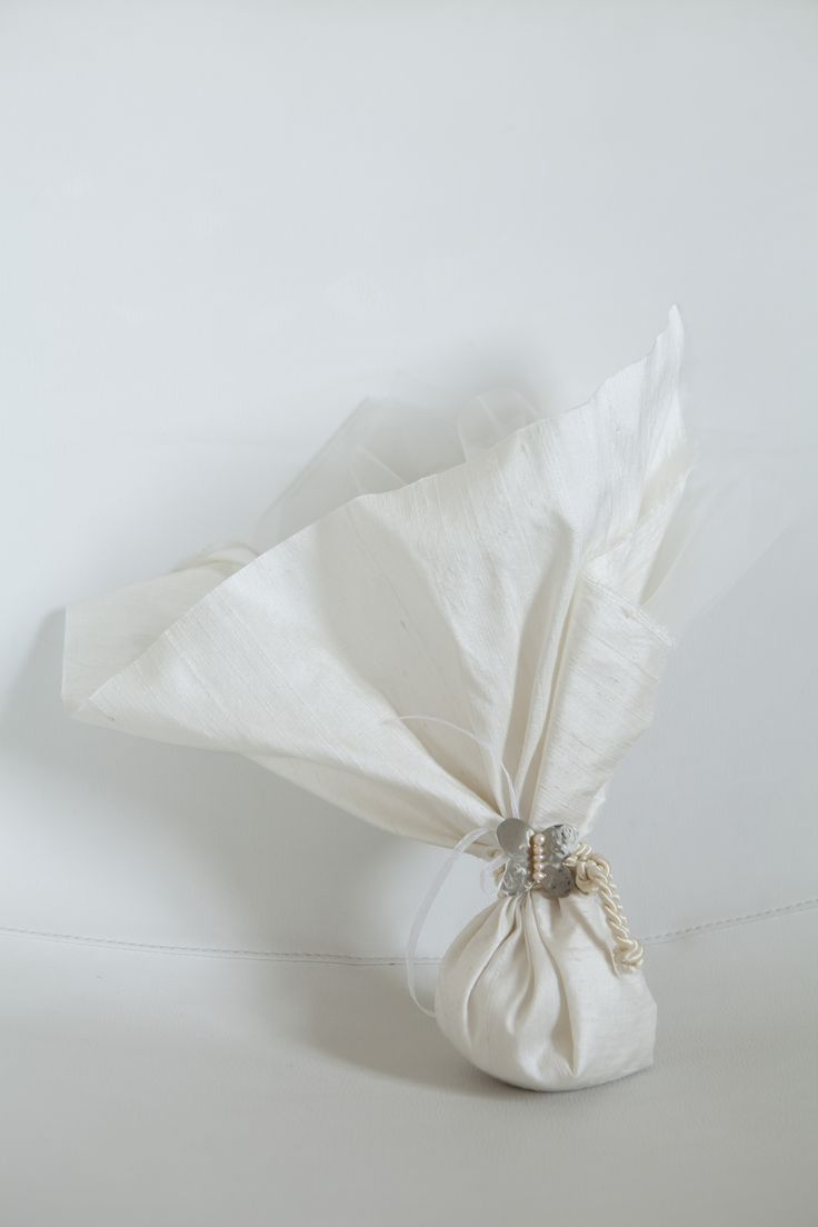 Simple but elegant wedding favor