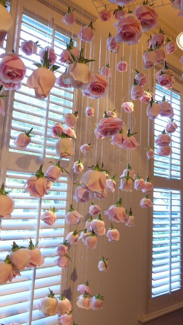 ROSES DE Chloé 。Chloé 玫瑰淡香水。與玫瑰花優雅曼妙共舞。像是置身於浪漫的玫瑰花園之中。 - 三號珍珍的小天地 - FashionGuide華人第一女性時尚美妝傳媒