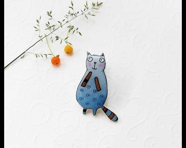 Cats on DaWanda Free shipping Cat brooch pin animal brooch cat jewelry animal jewelry Cute cat, clay cat pin, gift under 25  The author of this illustartion is Ukrainian artist Kseniya Kovalenko. Back side of the...