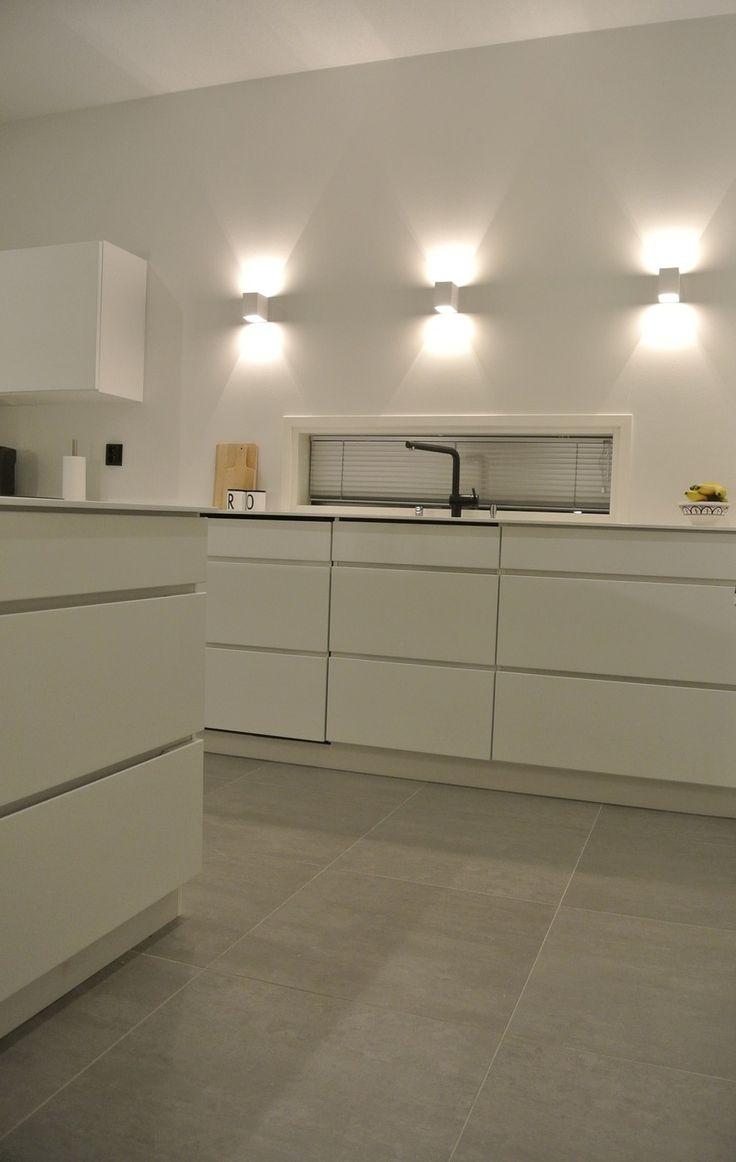 Valkoinen keittiö - White Lily | Lily.fi