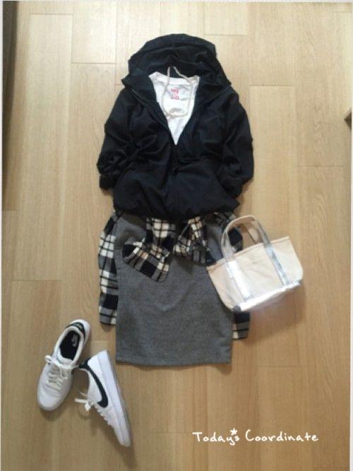 UNIQLOのナイロンジャケット「ウインドブレーカー」を使ったmirukuのコーディネートです。WEARはモデル・俳優・ショップスタッフなどの着こなしをチェックできるファッションコーディネートサイトです。