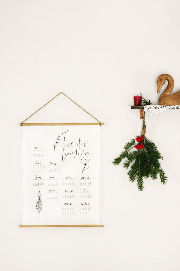 139 best calendar images on pinterest calendar life planner and craft up this sweet and easy to make diy linen wall calendar to grace your walls in 2014 or give as a fabulous homemade holiday gift solutioingenieria Images